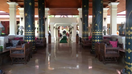 Aquamarine resort and villa: Lobby