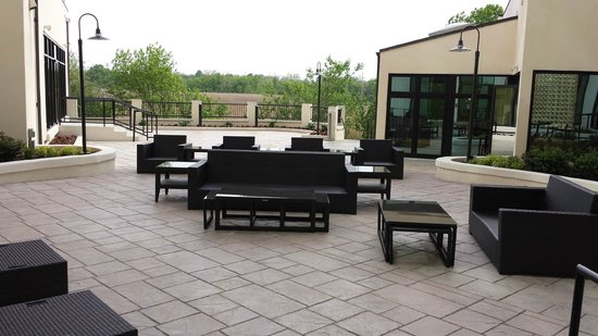 Sheraton Wilmington South : Outdoor patio