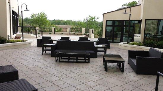 Sheraton Wilmington South: Outdoor patio