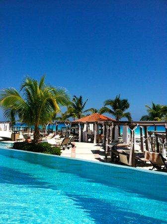 Hyatt Zilara Cancun: reserved cabana location