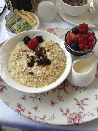 Castlewood House: Awesome porridge!