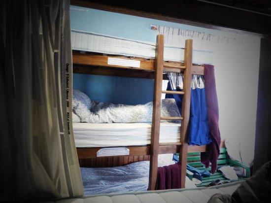 The West Highland Way Sleeper : Schlafsaal mit Bettzeug