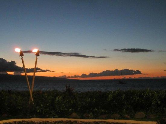 Royal Lahaina Resort: Luau