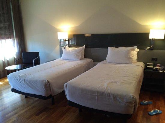 AC Hotel Avenida de America : 我住的房間