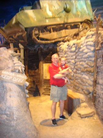First Division Museum at Cantigny : WW I trench