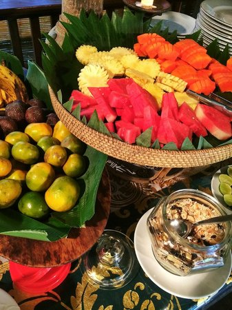 Ananda Cottages: Fruits from buffet