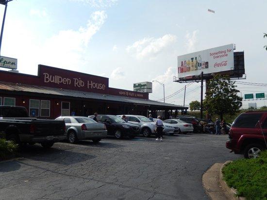 Bullpen Rib House: Exterior of the Restaurant
