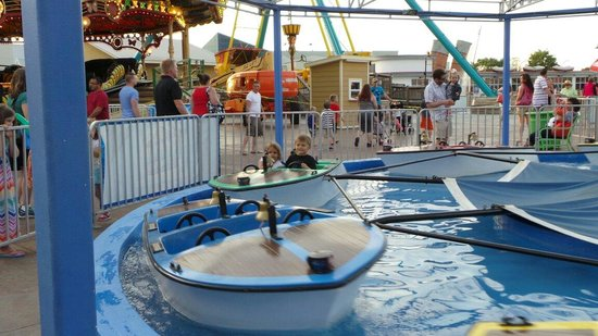 Broadway at the Beach: Carnival rides for toddlers all the way up to thrill seekers.