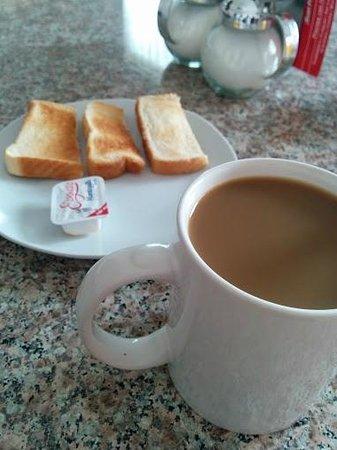 Hotel ZAR: Desayuno Continental
