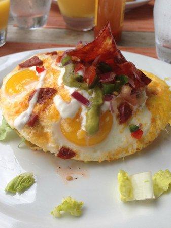 W Retreat & Spa Vieques: Huevos rancheros from Sorce