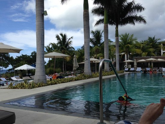 W Retreat & Spa - Vieques Island: Pool during the day