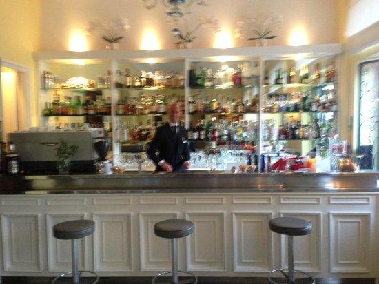 Majestic Palace Hotel: The Bar