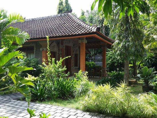 Rita Hotel : Beatiful Garden