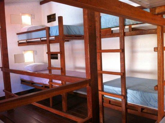 Hostel Rio Vermelho : Quarto Maresia Femenino