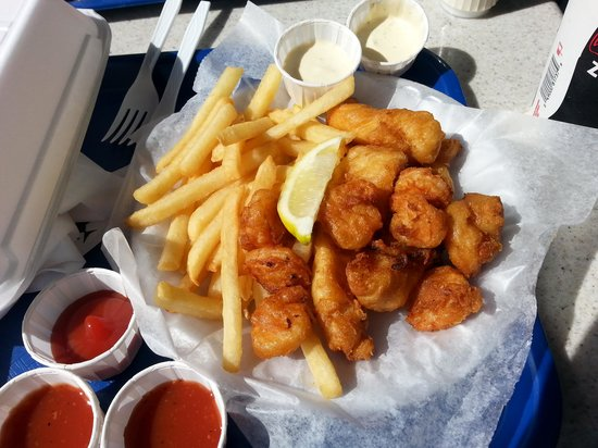 Anthony's Fish Grotto: fish shrimp plate