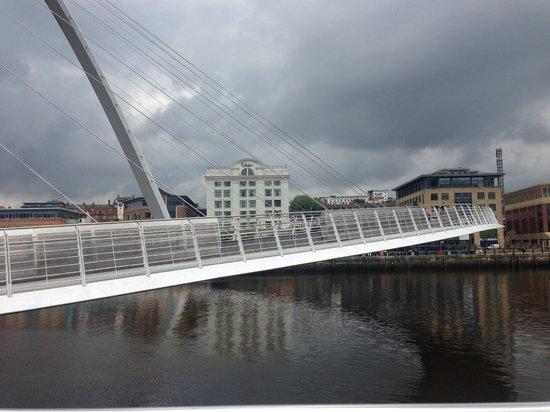 Malmaison Newcastle: Hotel from across the millenium bridge