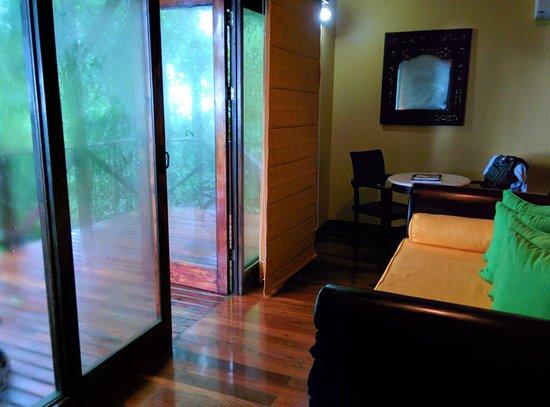 Rio Celeste Hideaway Hotel: Room and balcony