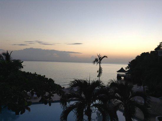 Couples Tower Isle: Sunrise