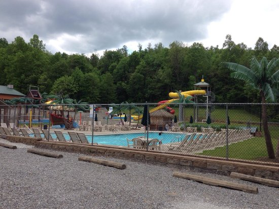 Yogi Bear's Jellystone Park: 1 of the pool areas