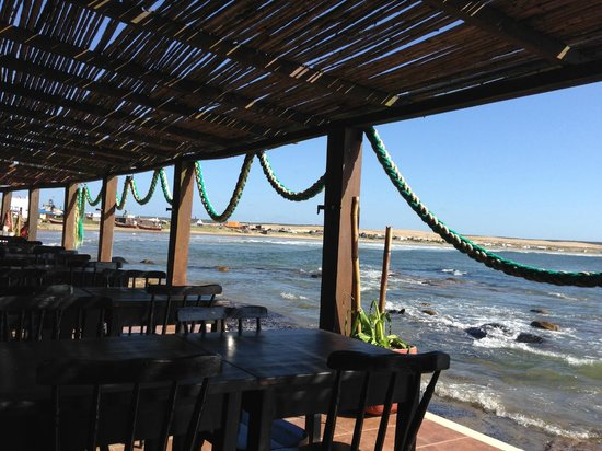 Hosteria La Perla: View from restaurant to the rooms