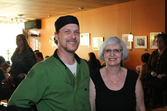 Bella's Cafe & Bistro : Rick and Pat - our wonderful hosts!