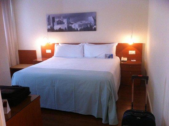 Tryp Madrid Chamartin: Una cama magnifica