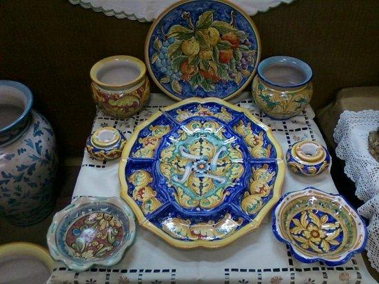 Ceramiche di santo stefano di camastra foto di artigianato gioffre soverato tripadvisor - Santo stefano di camastra piastrelle ...