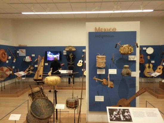 Musical Instrument Museum: MIM - Mexico