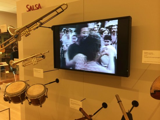 Musical Instrument Museum: MIM - Salsa