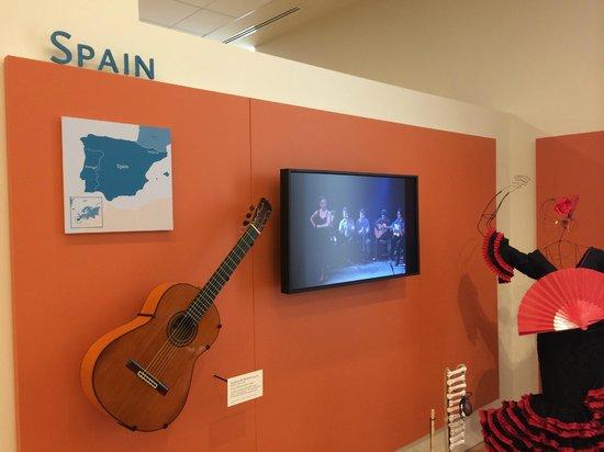 Musical Instrument Museum: MIM - Spain