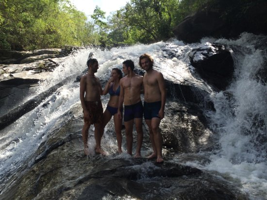 Something Different Tours: Swimming in the falls