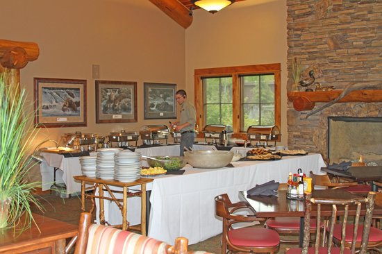 Taprock Northwest Grill: Sunday Brunch Buffet