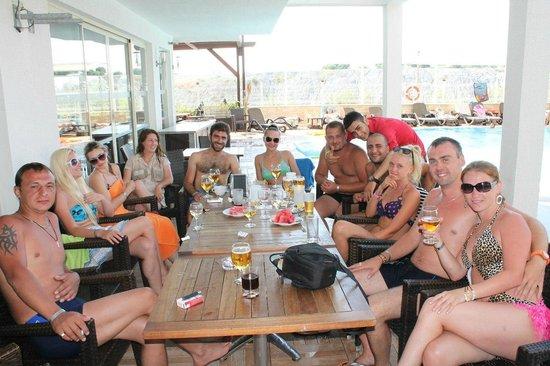 Side Alegria Hotel & Spa : компания супер