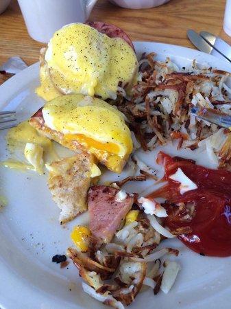 Nene's Kitchen : eggs benedict