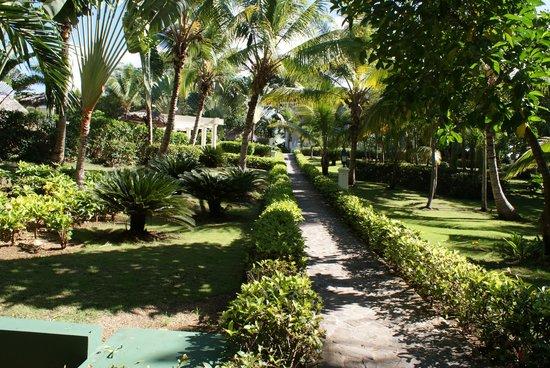 Luxury Bahia Principe Cayo Levantado Don Pablo Collection: the grounds