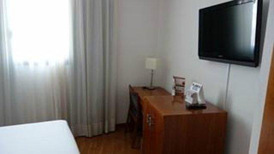 Tryp Madrid Atocha Hotel: chambre 1