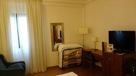 Tryp Madrid Atocha Hotel: chambre 2