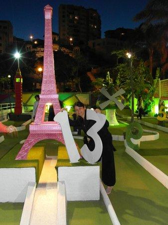 Parque de minigolf: Unlucky for some
