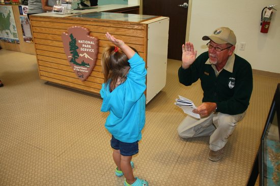 Cape Hatteras Lighthouse: Swearing in a Junior Ranger!