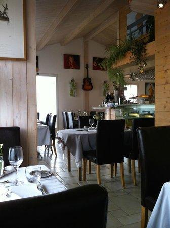 La Coccinelle : L'entrée du restaurant