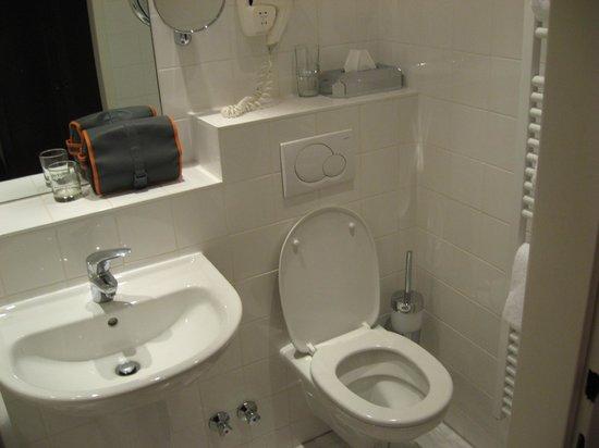 Hotel Prinz Eugen: Bathroom