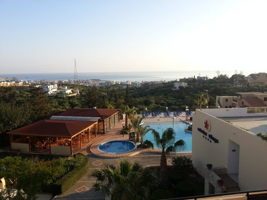 Asterias Village Resort: balcony