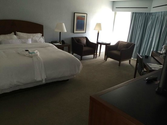 The Westin Crown Center: Bedroom
