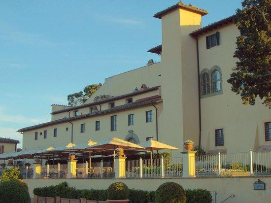 Castello del Nero Hotel & Spa: Vista da construção principal