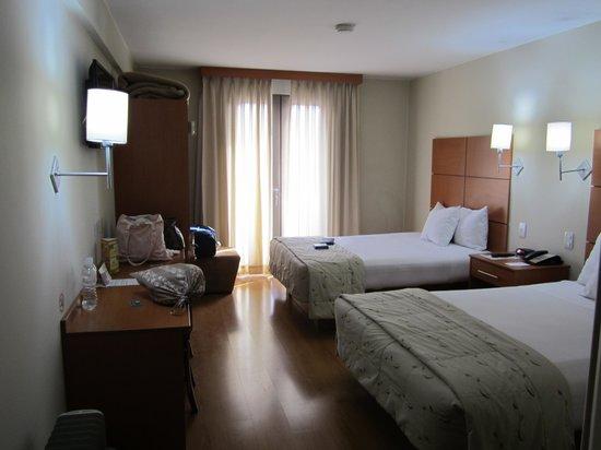 San Agustin International Hotel: Bedroom