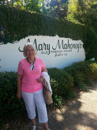 Mary Mahoney's Old French House: Dorothy outside