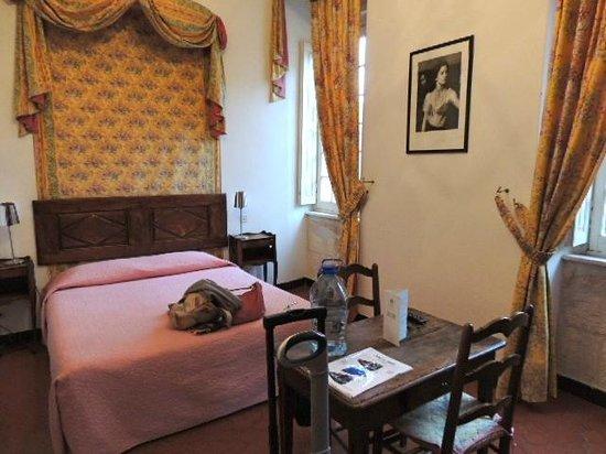 Hotel d'Arlatan: 素敵な内装のお部屋。