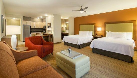Homewood Suites by Hilton Winnipeg Airport-Polo Park, MB: Studio Queen Suite