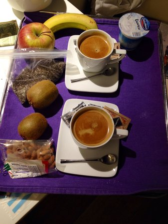 Gigli d'Oro Suite: Breakfast delivered to the room!