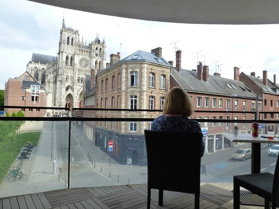 Mercure Amiens Cathedrale: View of the cathedral from the balcony